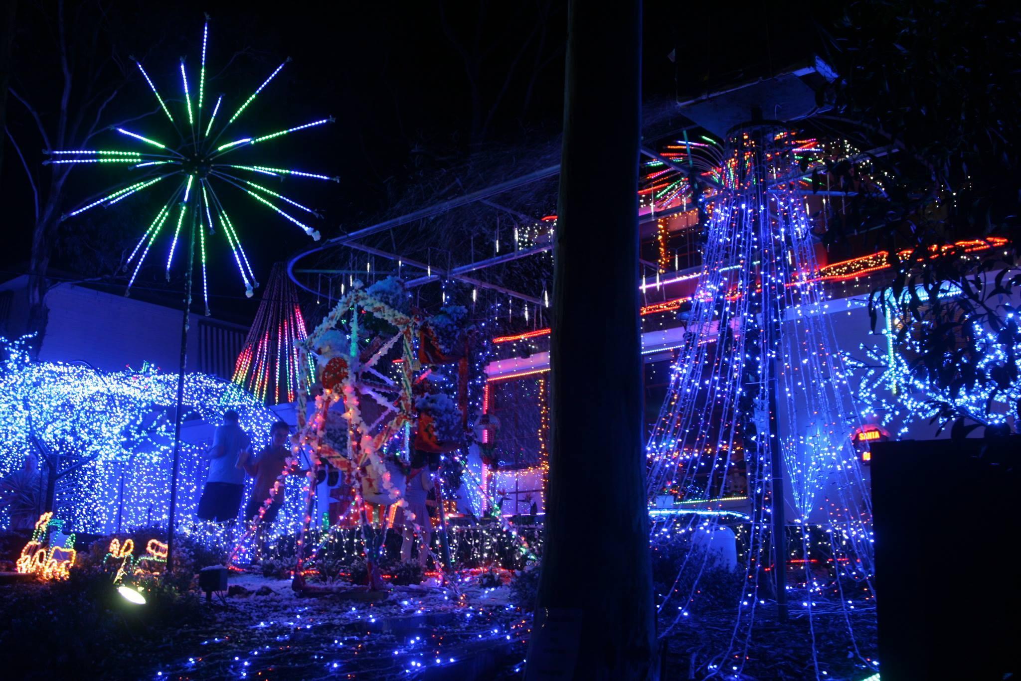 Ivanhoe Christmas Lights
